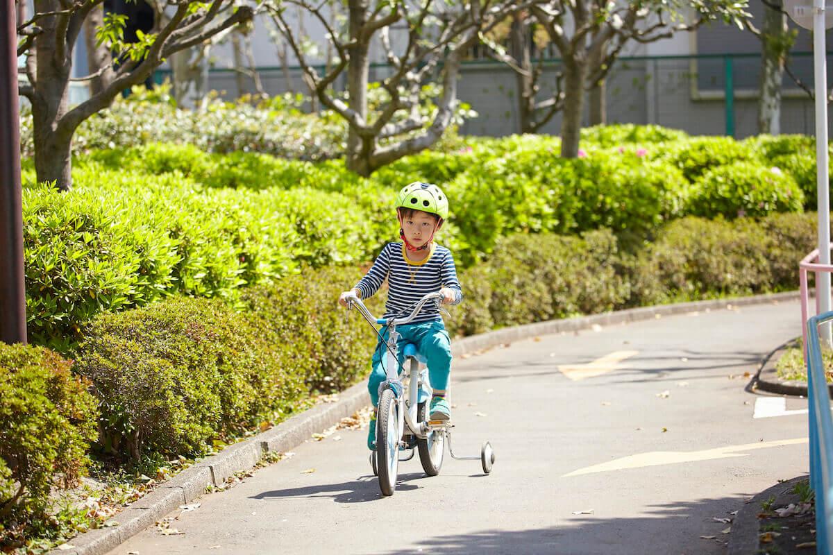 子ども自転車のデビューは何才から?年齢別おすすめ自転車もご紹介