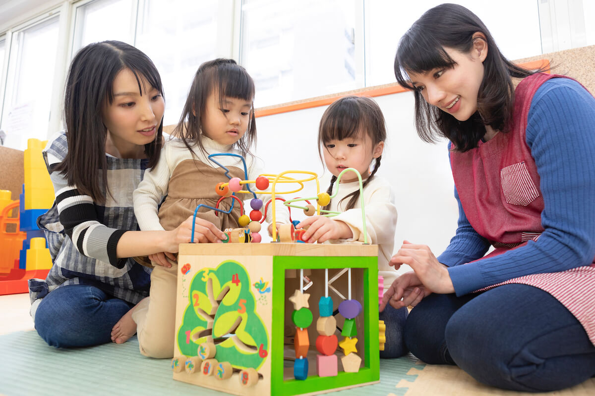 知育玩具とは?年齢別や目的別におすすめをご紹介 おうち時間を楽しもう
